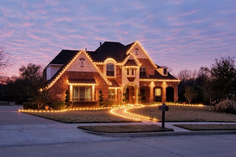 Lincoln Christmas Light Installation